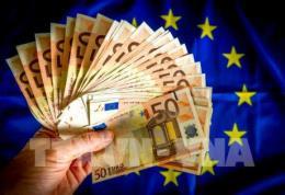 Kinh tế EU khởi sắc nhưng vẫn còn nhiều chông gai