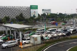 Vì sao cảng hàng không Tân Sơn Nhất đứng cuối bảng chất lượng dịch vụ?
