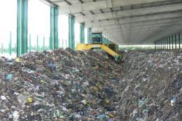 Đưa vào hoạt động Nhà máy xử lý và tái chế rác thải công suất 240 tấn/ngày