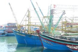 Bình Thuận sẽ thu hồi giấy phép với tàu cá, ngư dân bị nước ngoài bắt giữ thả về