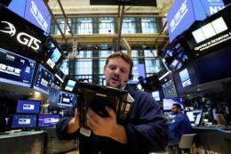 Hầu hết các thị trường chứng khoán Âu-Mỹ đều tăng điểm