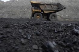 Các cựu quan chức EU kêu gọi tăng thuế đối với nhiên liệu hóa thạch