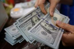 Tỷ giá USD hôm nay giảm nhẹ
