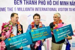 Vietnam Airlines đón khách quốc tế thứ 6 triệu đến Tp. Hồ Chí Minh