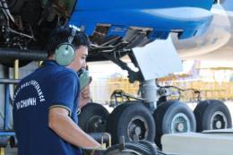 Vietnam Airlines hợp tác đào tạo kỹ sư bảo dưỡng máy bay
