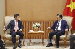 Phó Thủ tướng Trịnh Đình Dũng tiếp Tổng Giám đốc Tổ hợp Samsung tại Việt Nam