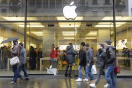 Apple vượt lên dẫn trước Samsung trong quý IV/2017