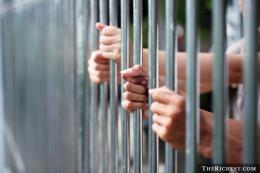 Vận chuyển pháo nổ bị phạt tù giam