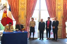 FLC và Airbus ký thoả thuận mua 24 máy bay cho Bamboo Airways