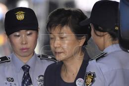 Cựu Tổng thống Park Geun-hye bị kết án 24 năm tù