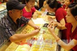 Thị trường vàng trong nước không bắt kịp biến động thế giới