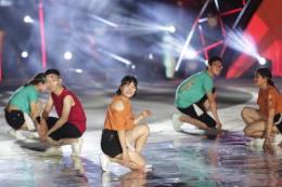 """Luồng gió mới Flashmob thổi vào DIFF 2018 những """"Nhịp bước thanh xuân"""" sôi động"""