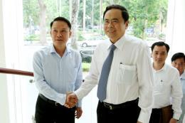Chủ tịch Uỷ ban Trung ương MTTQ Trần Thanh Mẫn thăm, chúc mừng TTXVN nhân dịp 21/6