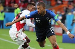 WORLD CUP 2018: Nghi vấn ngôi sao tuyển Pháp Kylian Mbappe bị chấn thương