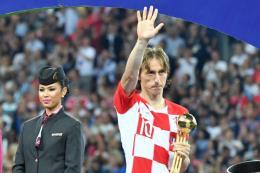 """WORLD CUP 2018: Luka Modric và """"Quả bóng Vàng"""" ngọt ngào lẫn cay đắng"""
