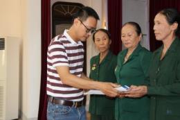 Tân Hiệp Phát tặng quà cho các cựu thanh niên xung phong tại Nghệ An và Hà Tĩnh