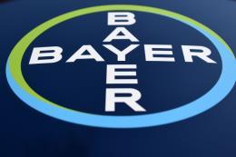 Phán quyết của tòa án nhằm vào hãng Monsanto làm cổ phiếu của Bayer rớt giá mạnh