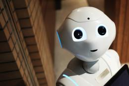Robot AI hỗ trợ giảng dạy tiếng Anh tại các trường học Nhật Bản