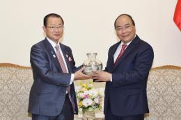 Thủ tướng đề nghị Nhật Bản hỗ trợ Việt Nam cơ sở hạ tầng chất lượng cao