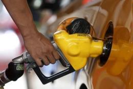 Mỹ: Nhu cầu tiêu thụ xăng dầu giảm