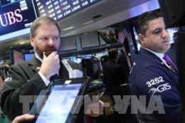 Sức ép tăng lãi suất khiến thị trường chứng khoán Âu - Mỹ giảm điểm