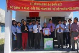 Petrolimex Khánh Hoà trao 140 nhà