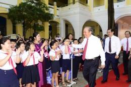 Honda Việt Nam tặng gần 2 triệu mũ bảo hiểm cho học sinh lớp một