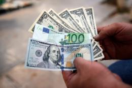 EU muốn đồng euro có khả năng đối phó thách thức từ đồng USD
