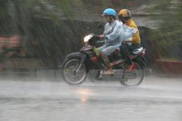 Dự báo thời tiết hôm nay 18/9: Mưa lớn ở Bắc Bộ, vùng núi đề phòng lũ quét
