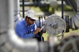 Doanh nghiệp châu Á giảm lòng tin do tranh chấp thương mại
