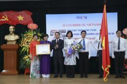 Tờ báo tiếng Pháp lâu đời nhất Việt Nam đón nhận Huân chương Lao động hạng Ba
