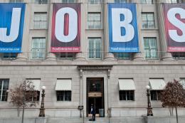 Mỹ: Đơn xin trợ cấp thất nghiệp giảm xuống mức thấp kỷ lục