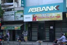 Siết chặt an ninh tại các trụ sở ngân hàng ở Tp. Hồ Chí Minh