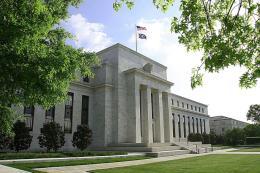 Fed để ngỏ khả năng sớm tăng lãi suất