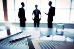 Cần mạnh tay xử lý cán bộ nhũng nhiễu doanh nghiệp