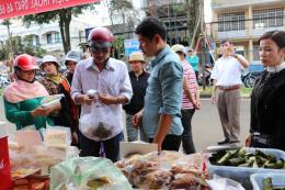 Gia Lai: Lần đầu tiên tổ chức Phiên chợ nông sản an toàn