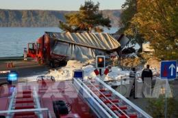 Tàu hỏa đâm xe tải gây tai nạn nghiêm trọng ở Đức