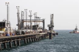 Iran: Việc Mỹ hối thúc OPEC giảm giá dầu đã gây xáo trộn thị trường dầu mỏ