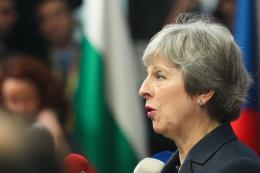 Thủ tướng Anh để ngỏ khả năng kéo dài thời kỳ chuyển tiếp Brexit