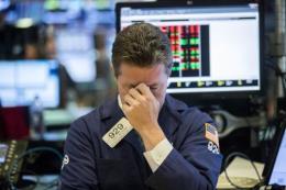 Thị trường chứng khoán Mỹ trồi sụt thất thường trong tuần
