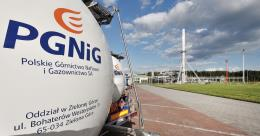 Ba Lan ký hợp đồng 24 năm mua khí đốt của Mỹ