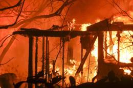 Cháy rừng ở California và nỗi buồn của các công ty bảo hiểm