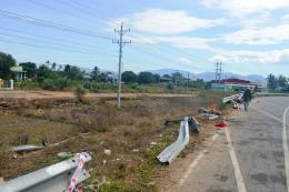 Bình Thuận: Xe thùng đông lạnh đâm xe quân sự làm 4 người thương vong