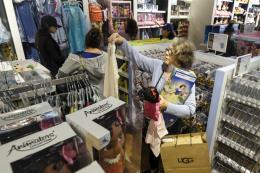 Người tiêu dùng Mỹ săn hàng giá hời trong dịp Black Friday