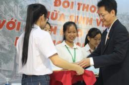 Đạm Cà Mau trao 60 suất học bổng cho sinh viên ngành nông nghiệp