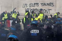 """Phong trào """"Áo vàng"""" - Cú sốc của nước Pháp (Phần 1)"""
