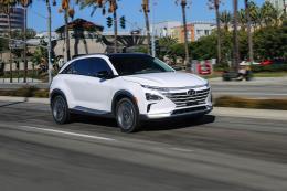 Hyundai sẽ sản xuất 500.000 xe chạy pin nhiên liệu hydro/năm
