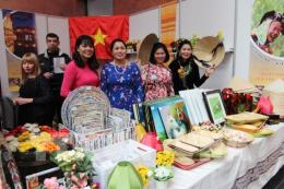"""Gian hàng Việt """"hút khách"""" tại Hội chợ Thực phẩm quốc tế Ukraine 2018"""