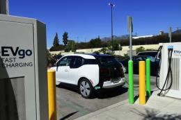 Xe điện vẫn được đầu tư mạnh tay tại Mỹ
