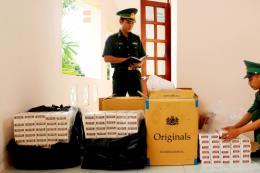 Bắt giữ gần 2.300 gói thuốc lá điếu nhập lậu từ Campuchia